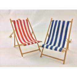 Small Blue / Red Striped Beach Deckchair