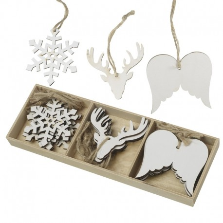 White Wooden Wings, Snowflakes and Antlers Hanger Set