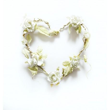 Heart Shaped Rose Flower Wreath in Cream