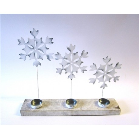 Three Large White Snowflakes Tea Light Display
